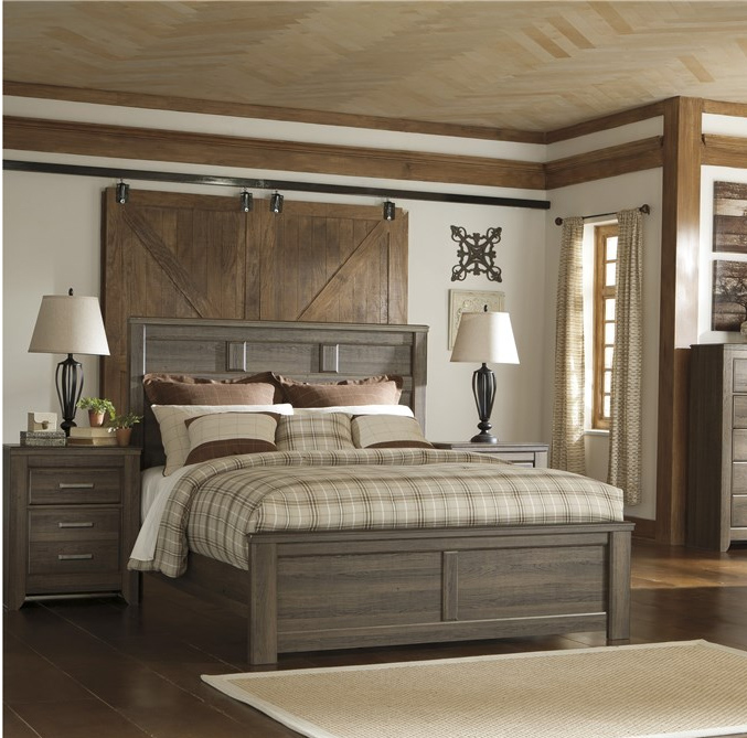 Juararo  Queen Bedroom Set in Brown